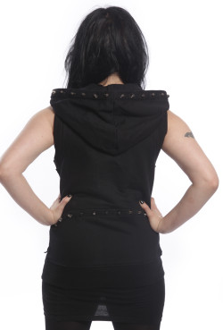 issue-vest-black-heartless-2