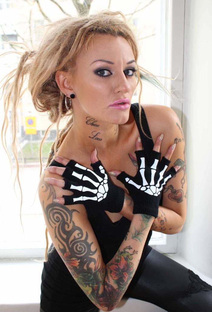 skeleton-gloves