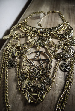 collier-collier-maxi-bronze-or-plastron-lun-20784146-p1110960-jpg-7a6e8_big